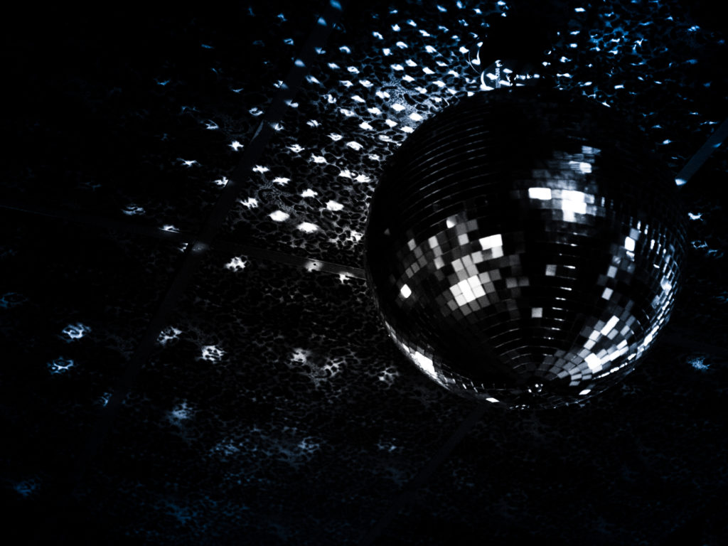 EM Communications Mirrorball reflections